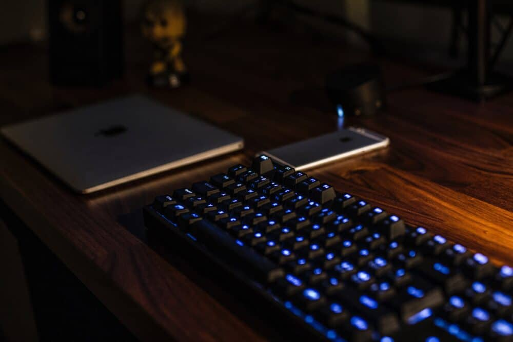 dark keyboard